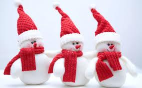 3 snow figures
